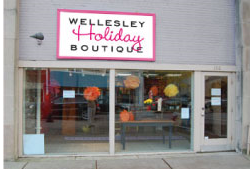 Wellesley-Holiday-Boutique-Home_1255378676362