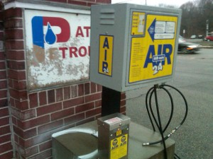 Patriot Petroleum Rte 9 west wellesley air pump 2011