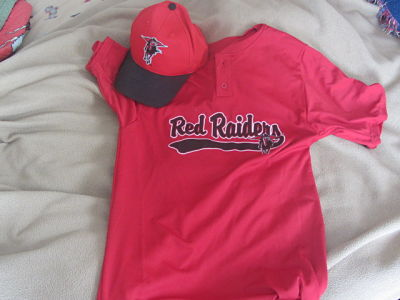 Wellesley Red Raiders