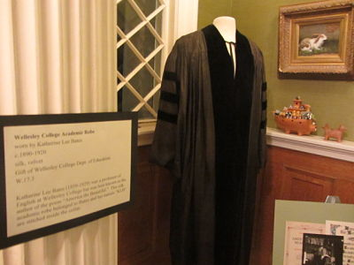 Katharine Lee Bates robe, Wellesley Historical Society