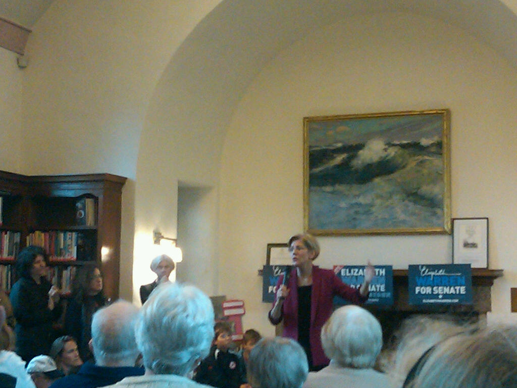 Elizabeth Warren Wellesley Hills Branch