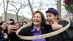 Wellesley College President Kim Bottomly, hooprolling champ Alex Poon