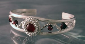 Pomegranate-inspired bracelet by Stephanie Pom