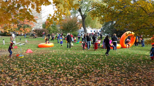 wellesley hills halloween parade party