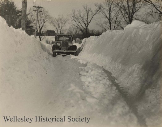 128 Oakland Feb 12 1945 snow 10ft watermarked