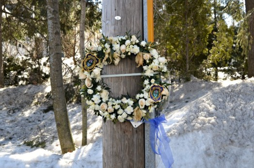 20 years ago this month, Officer Stewart Savage died in the line of duty. Wellesley Police left a commemorative wreath at the site.