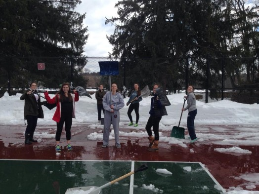 wellesley high tennis players shovel off court march 2015