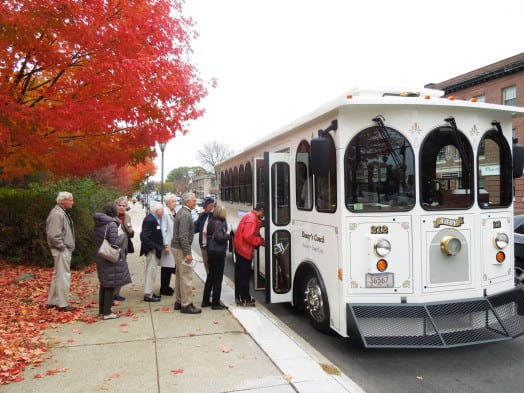 wellesley historical society trolley tour