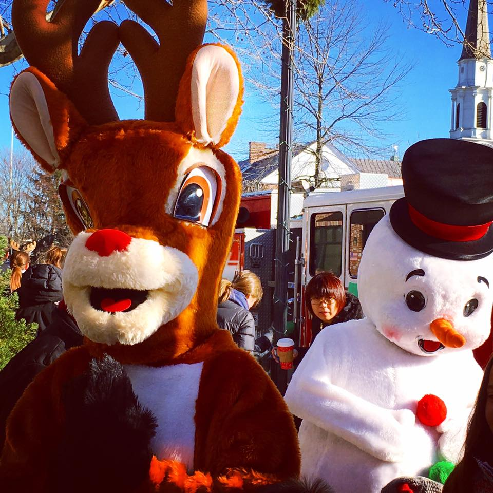 Rudolph and Frosty, Wellesley