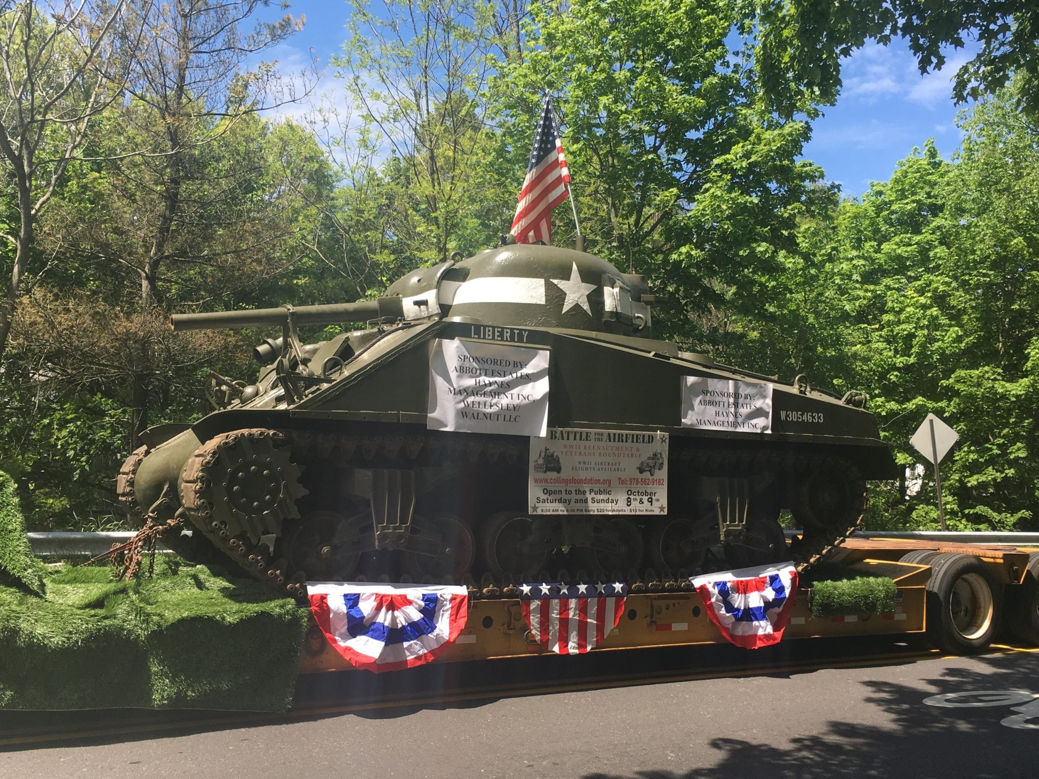 tank, Wellesley Veterans Parade