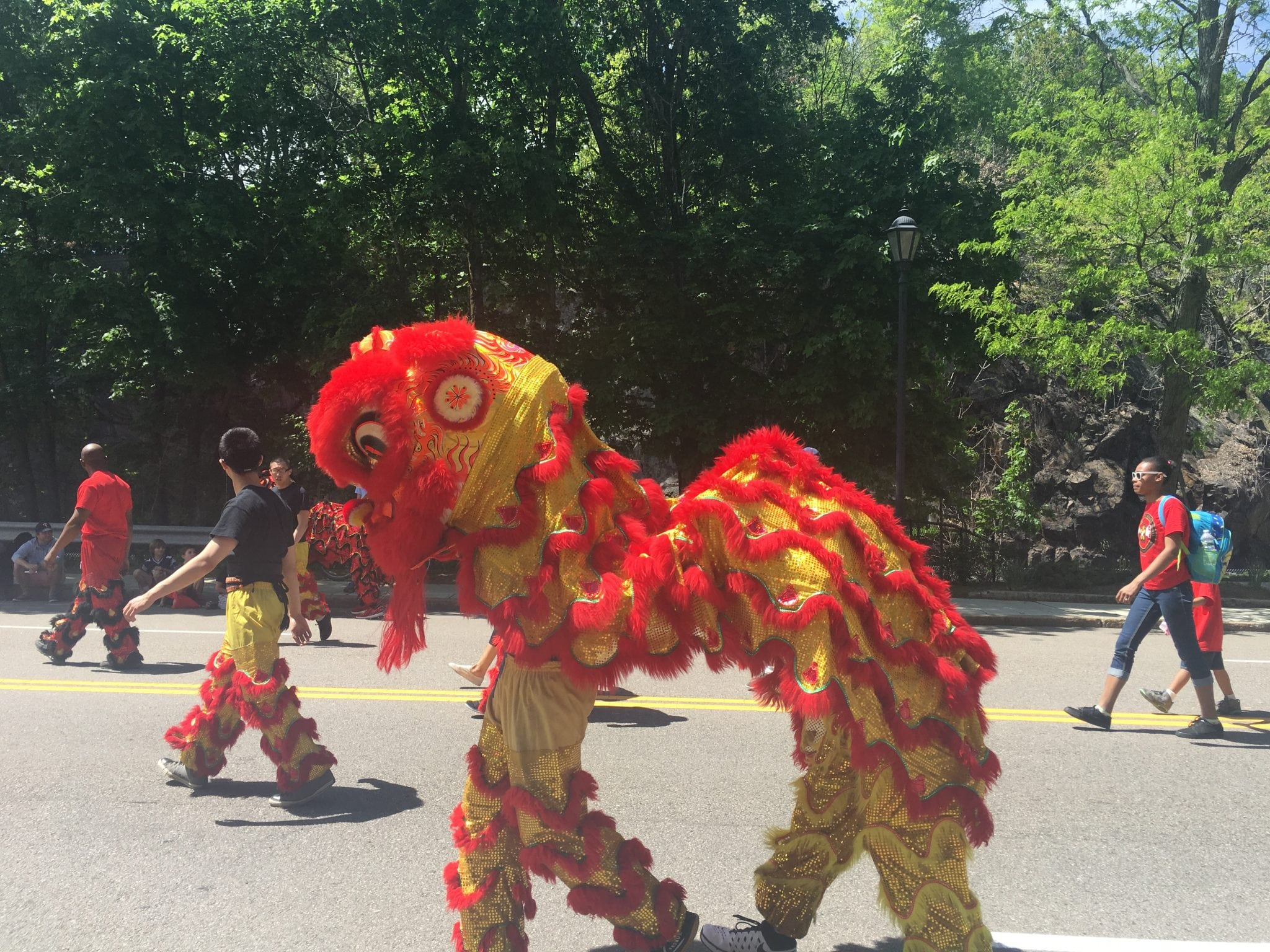 Chinese creature, Wellesley Veterans Parade