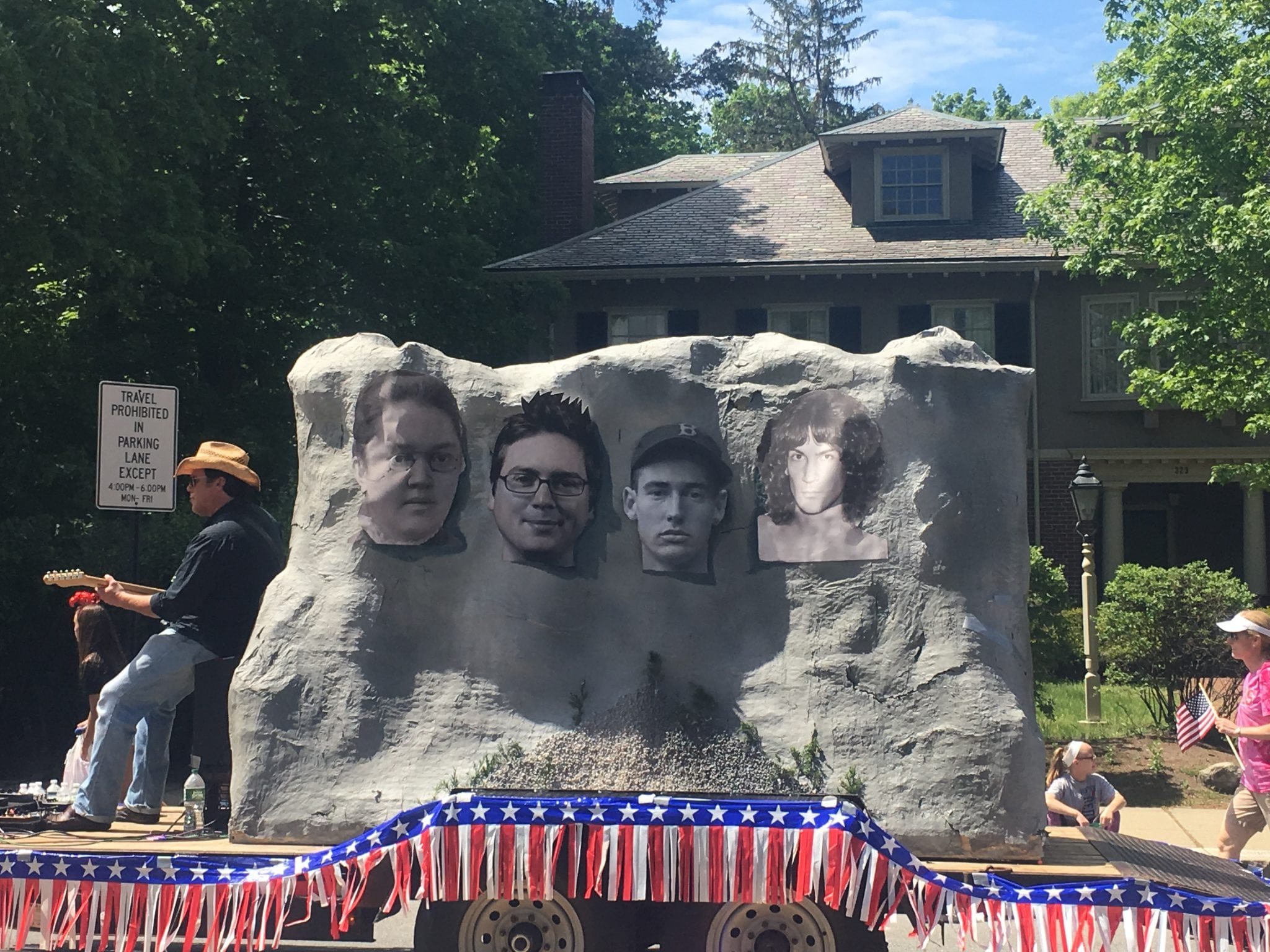 Wellesley veterans parade, mount rushmore
