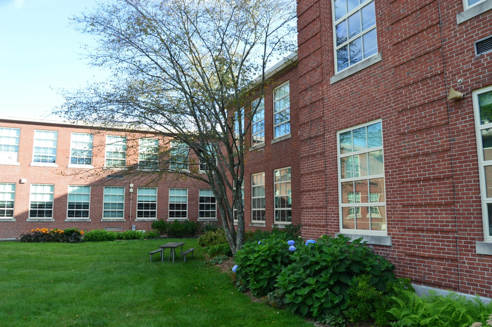 Wellesley Middle School