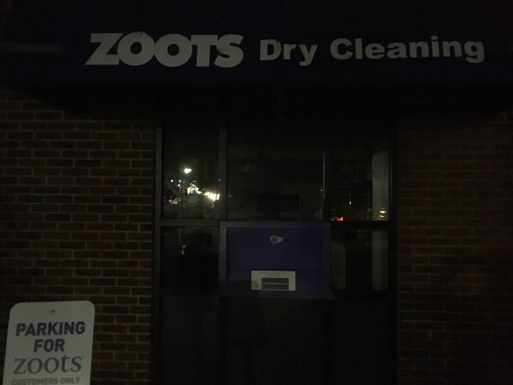 zoots the cleaner cleaner Zoots corporation provides dry cleaning, laundering, alteration, and draperies and home upholstery cleaning services the company also offers shoe and boot repair, leather cleaning, wedding gowns.