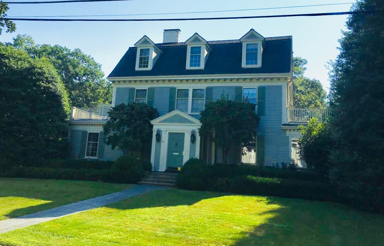 10 Livermore Rd., Wellesley