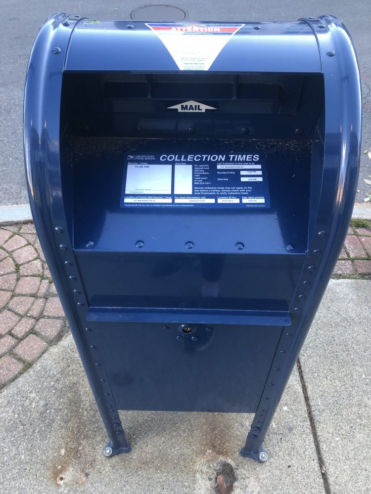 new wellesley mailbox on Washington Street near Weston Road intersection