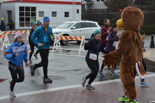 wellesley turkey trot 2019