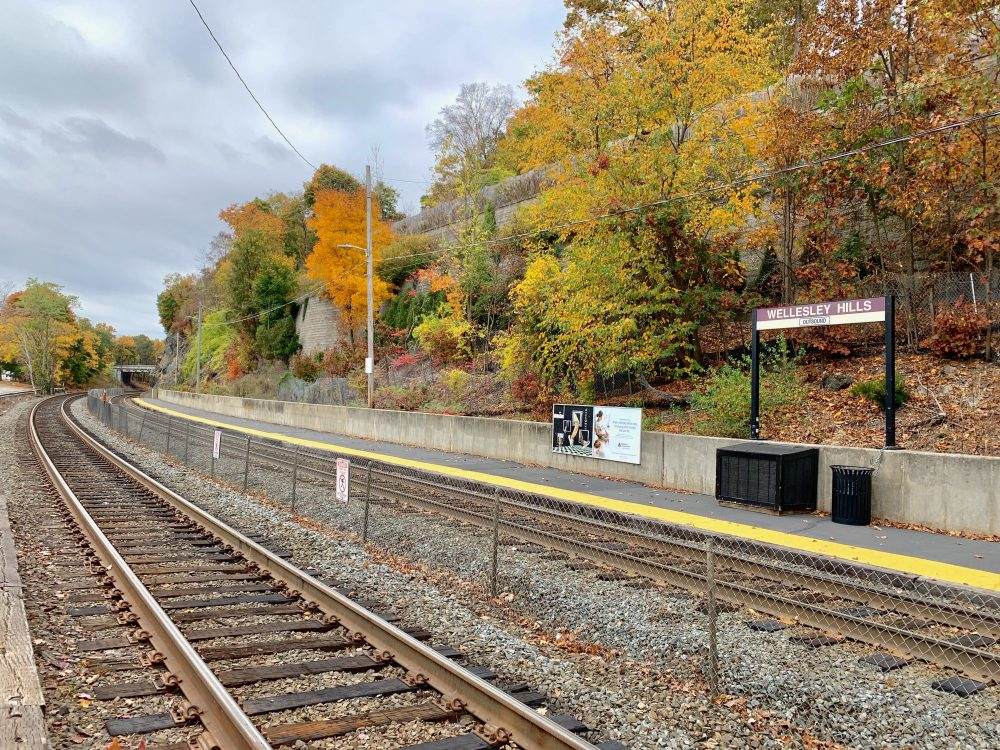 Wellesley Hills train tracks, fall 2020