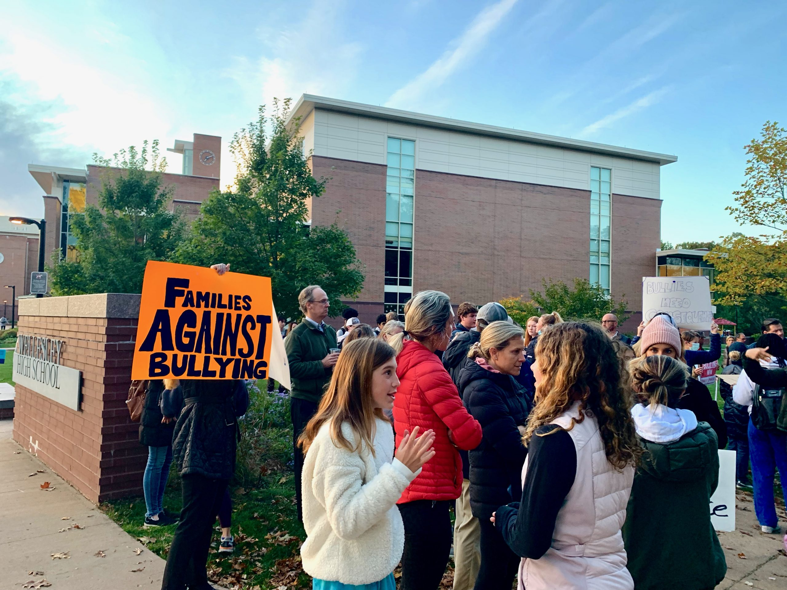 Wellesley High School, anti-bullying protest